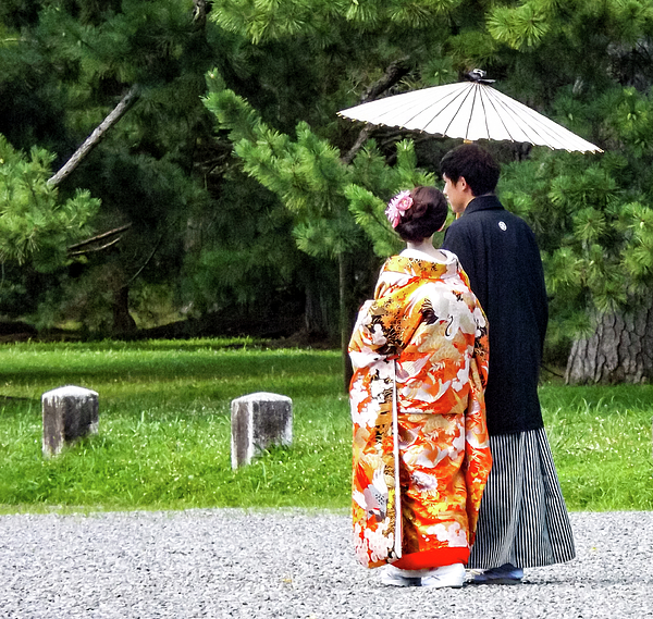 taking-a-walk-in-kyoto-imperial-palace-kenneth-dickson
